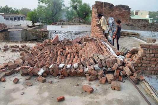 INDIA-ACCIDENT-STORM
